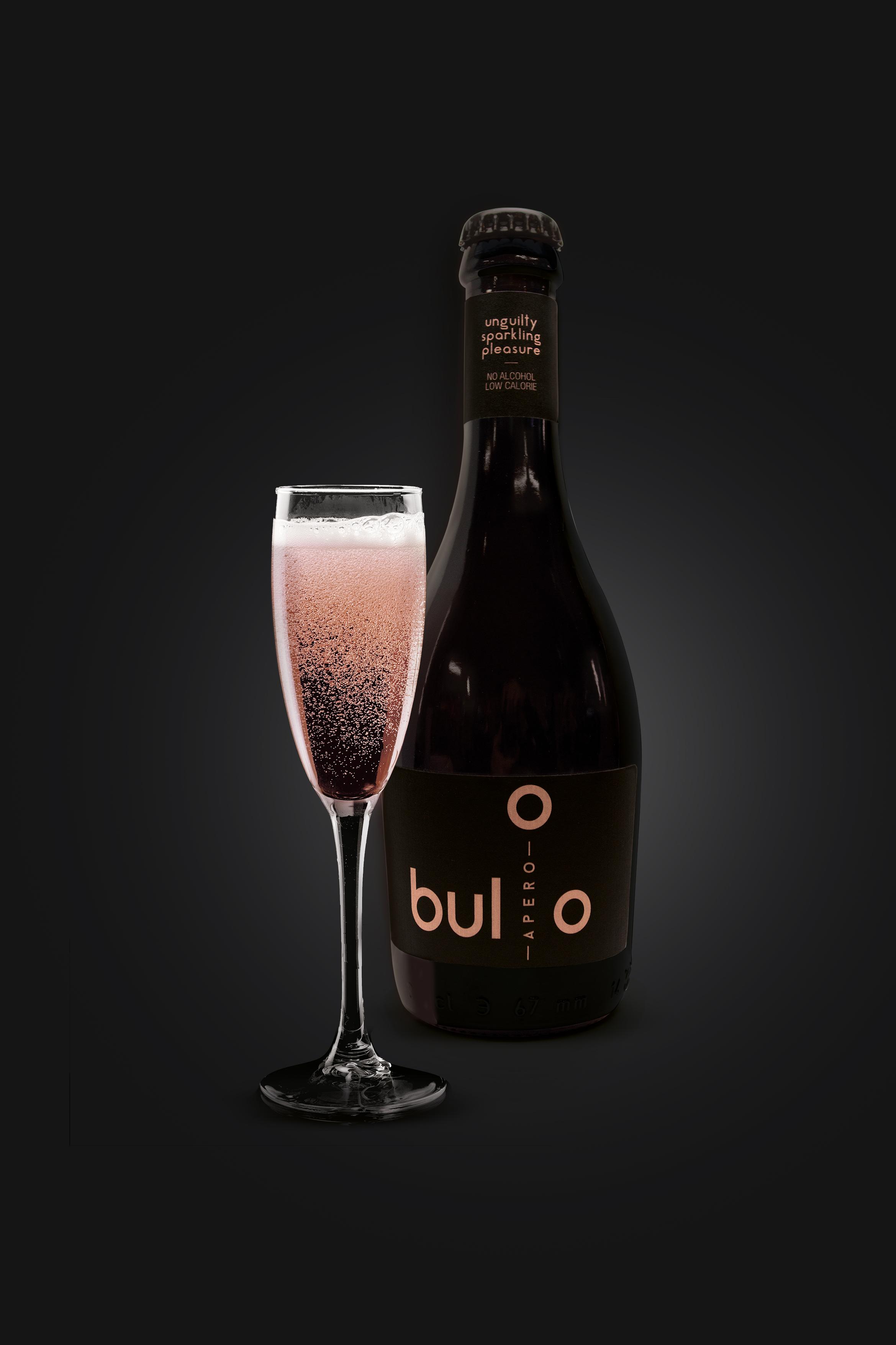 buloo6-echt-flesje-met-glas_klein